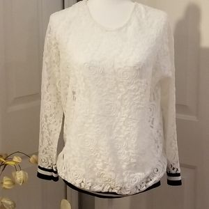 Boohoo Plus lace pullover top